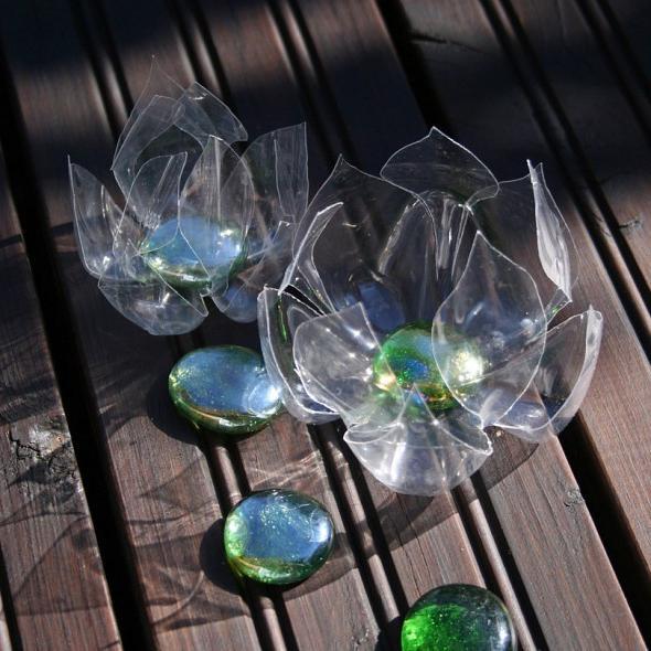 Поделки из прозрачных бутылок 153
