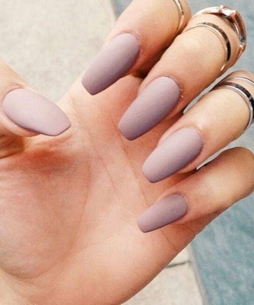 lilac matte manicure