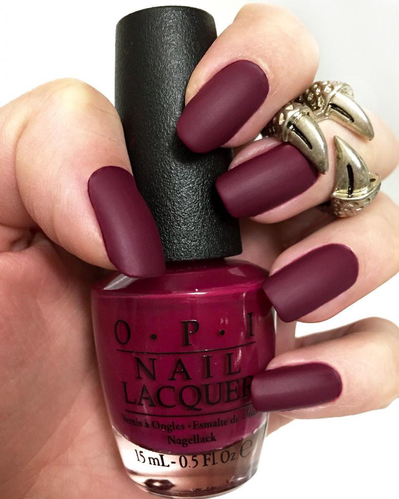 Matte Manicure in Marsala Color