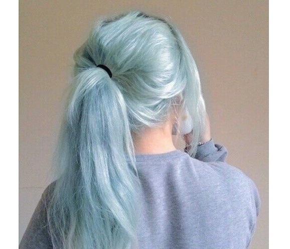 серо-голубой оттенок волос