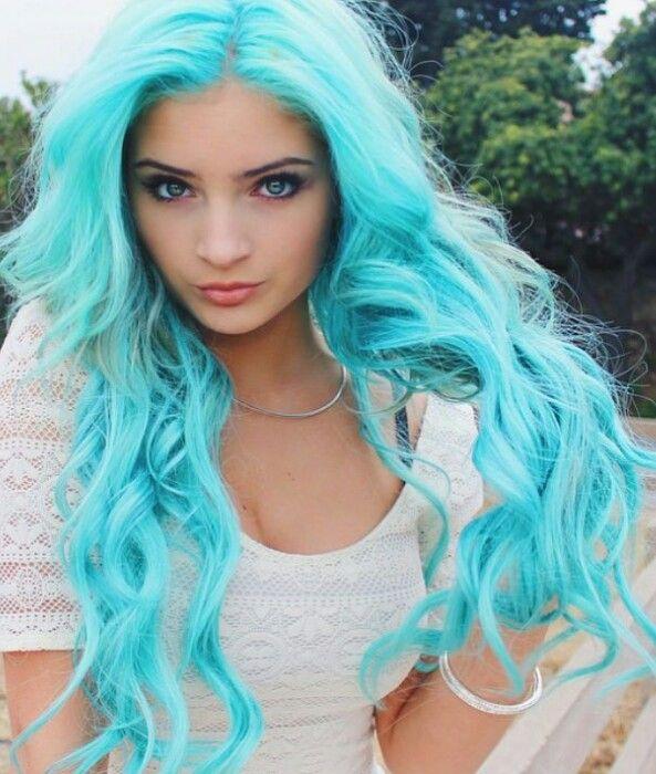 ярко-бирюзовый цвет волос