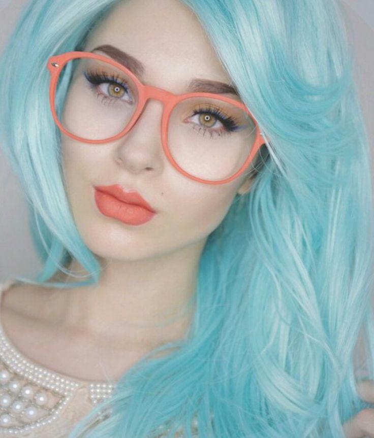 светло-голубой цвет волос