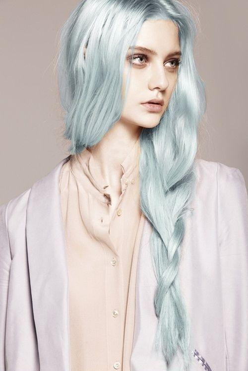 магический голубой цвет волос