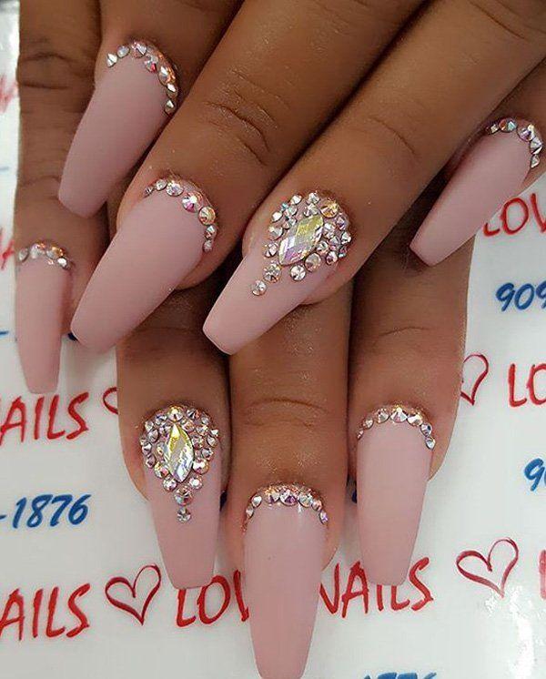 manicure with rhinestones