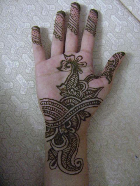 как рисовать на руке хной