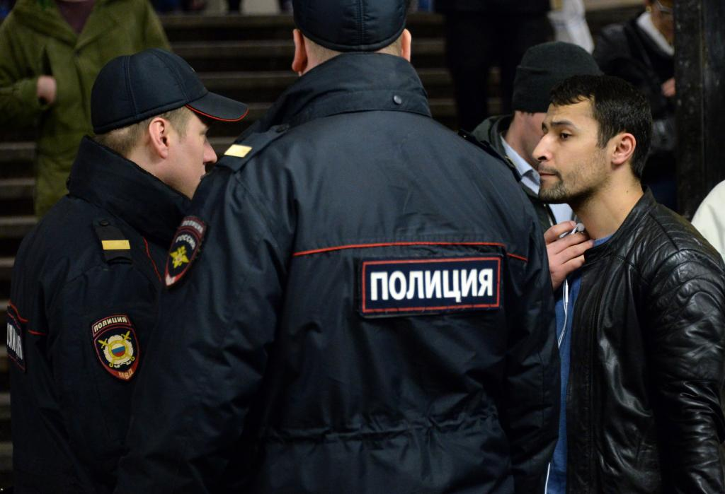 Полиция накрыла 19 квартир с нелегалами в Красногвардейском р-не