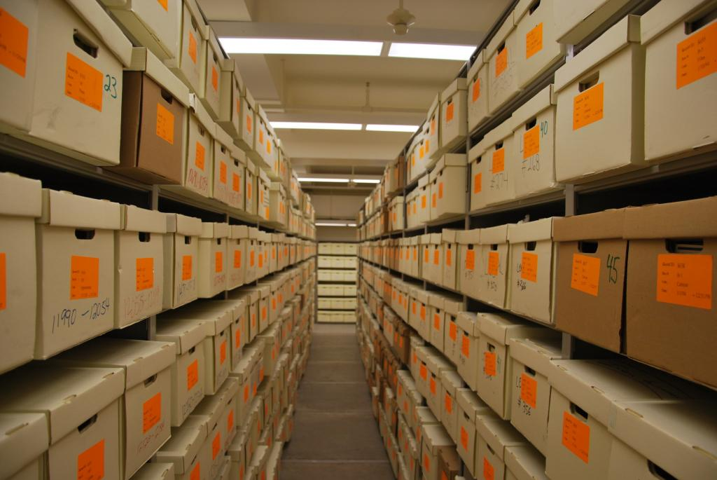 Ведомственный архив: назначение, структура, способы подготовки документов и сроки хранения