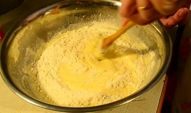 Как завести тесто на пирожки на сырых дрожжах - ea