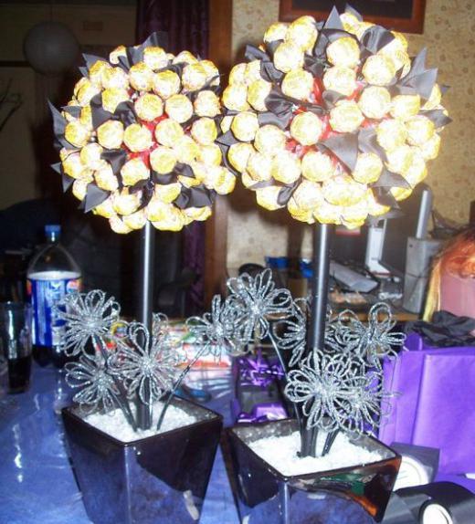 топиарий из конфет фото