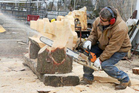 резьба по дереву скульптуры