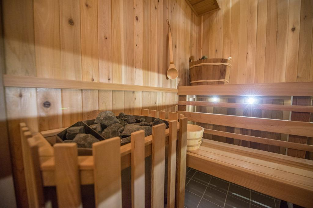 the benefits and harms of the Russian bath for men