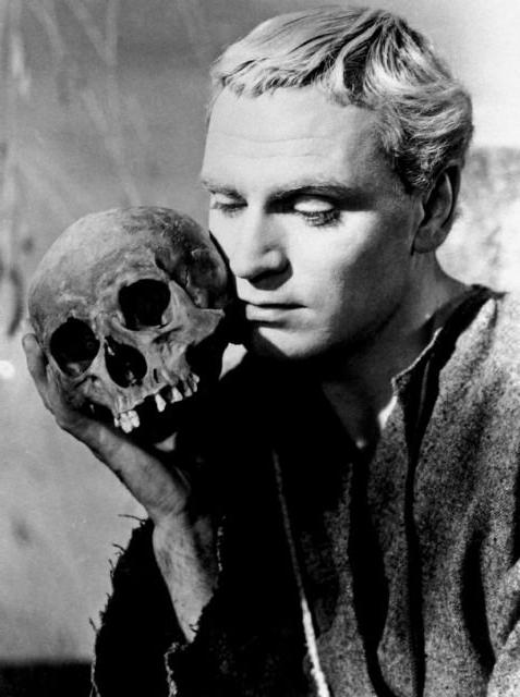 the depiction of hamlet as a very sane man in the tragedy hamlet Preliminaries: 1) review problems with shakespeare's texts then read establishing a text: the example of hamletbe sure that you understand the editorial choices that go into any printed edition of hamlet, as well as the directorial decisions concerning the script that underlie any performance of the play.