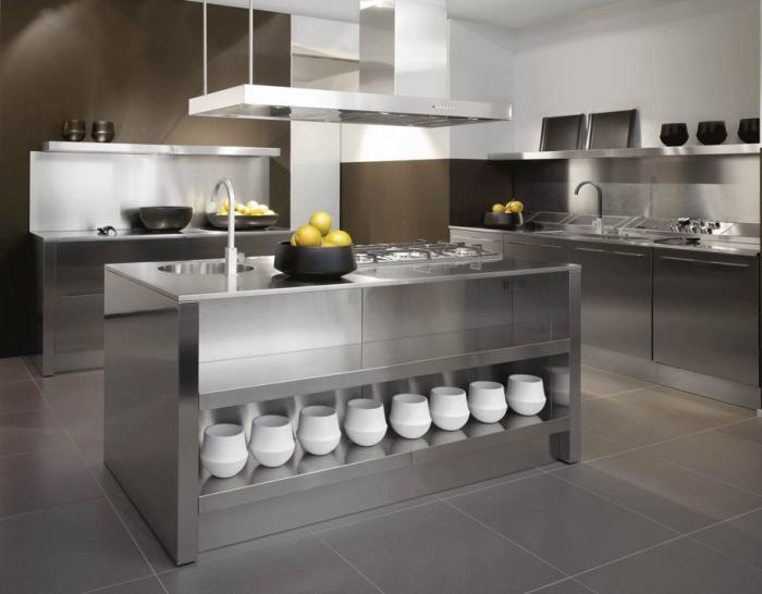 Кухни в стиле хай тек.