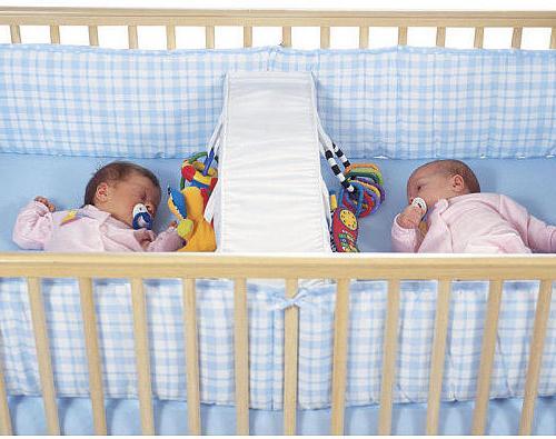 Детские кроватки для двойни.