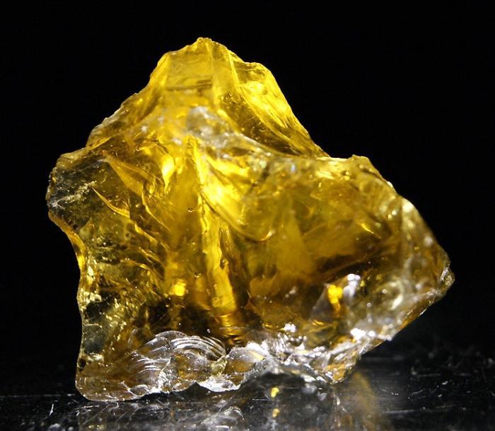Гелиодор камень фото