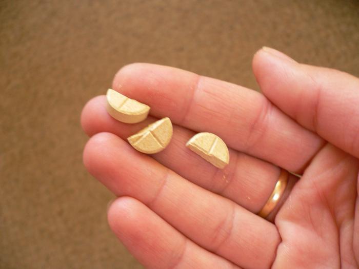 как лечиться от глистов сухой полынью