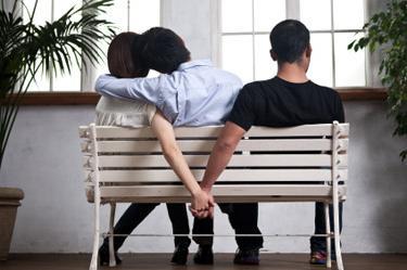 Почему жены изменяют мужьям: экскурсия в женский мозг