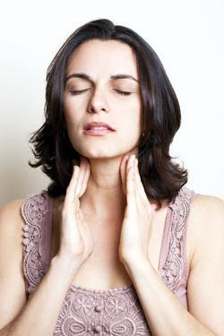 Щитовидная железа увеличена: причины и степени