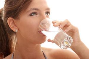 Болит горло налёт на языке как лечить