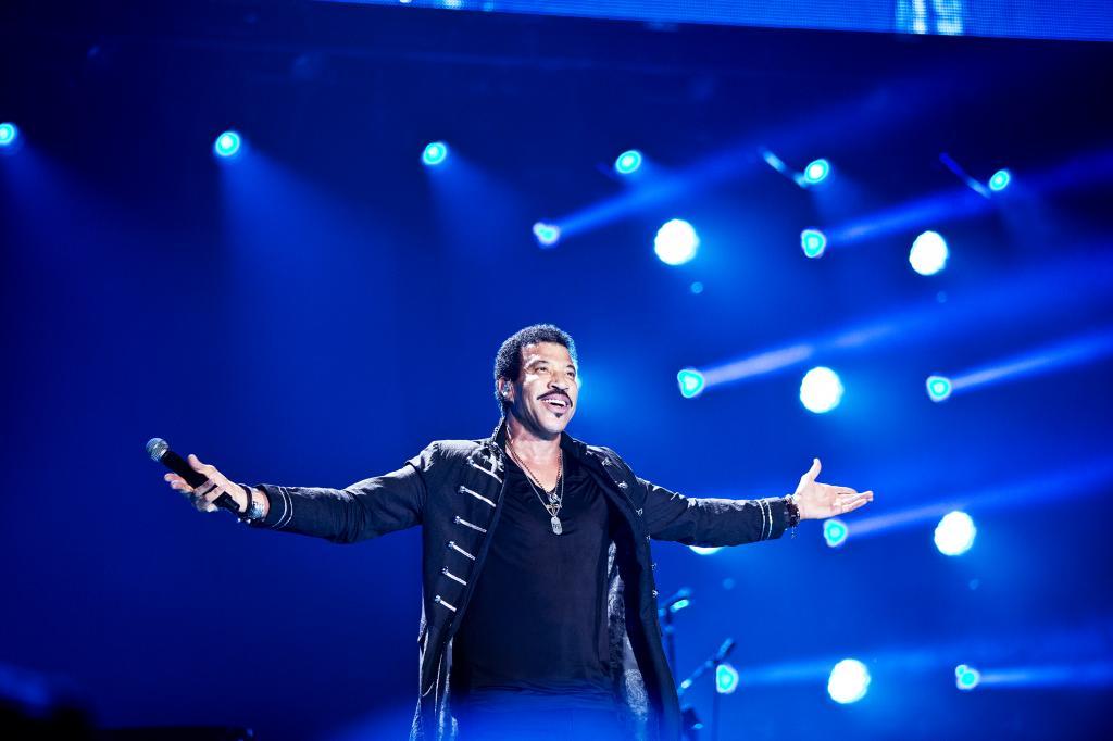 Richie on stage