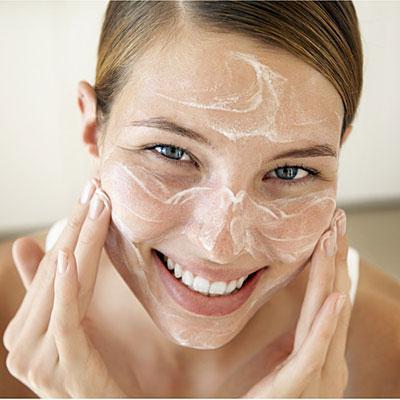 сохранение молодости кожи лица
