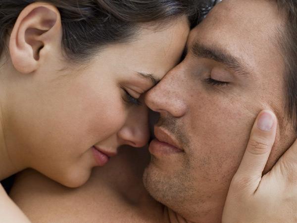 Как возбуждать мужа, прожив вместе много лет?