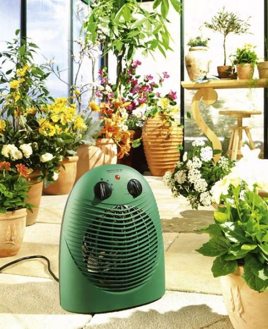 Отопление теплиц: способы обогрева