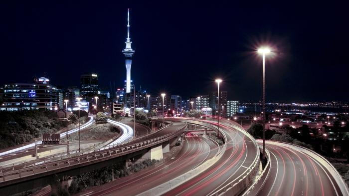 Уличные фонари и светильники