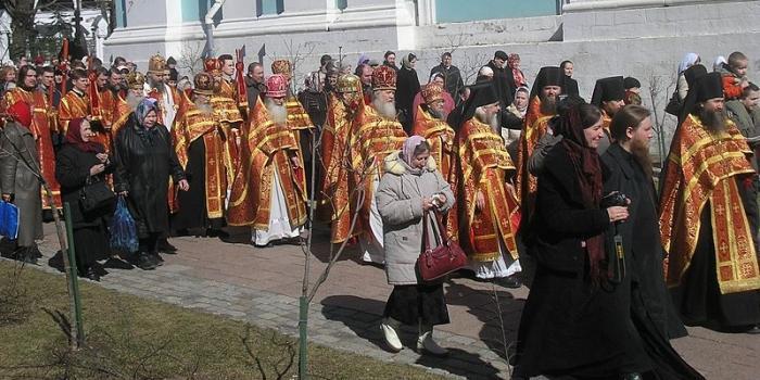Почему Пасха празднуется в разное время