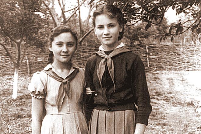 София Михайловна Ротару: национальность, семья, биография
