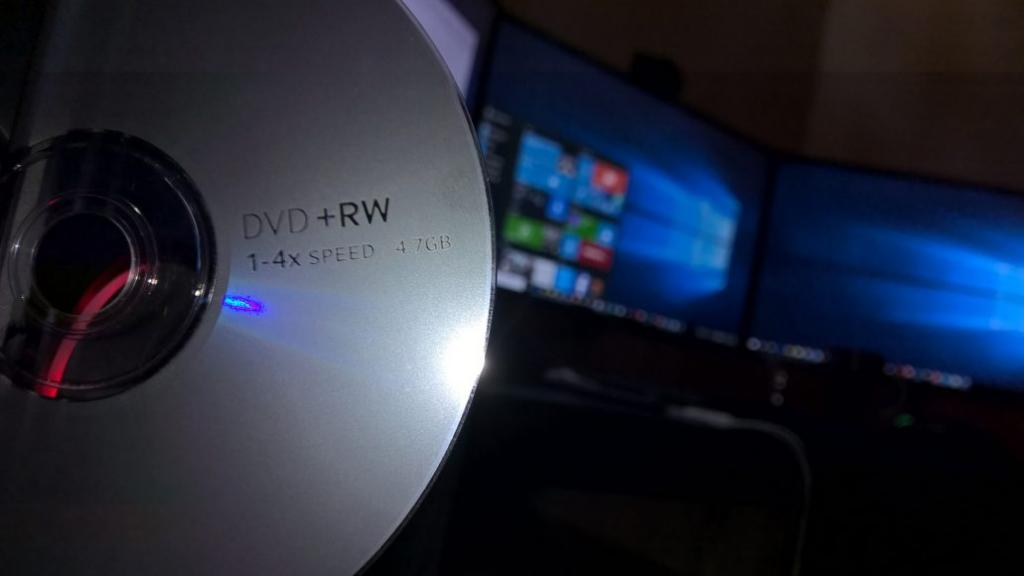 как удалять файлы с диска dvd rw