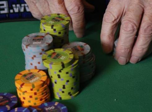 Все хотят знать о том, как выиграть в покер