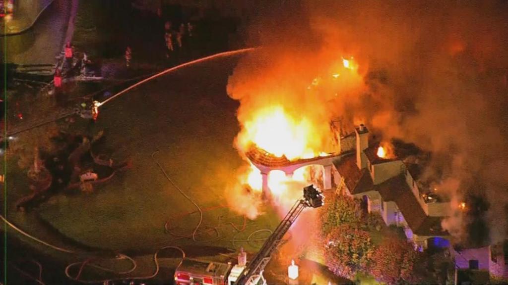 Памятка: действия при пожаре, пожар в доме и вне его
