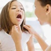 чем лечить красное горло у детей