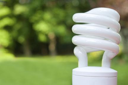 Почему мигают энергосберегающие лампочки?