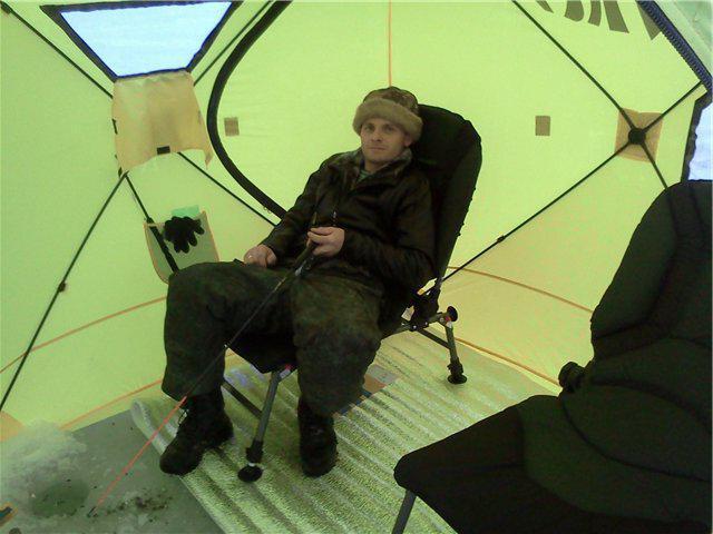 палатка для зимней рыбалки медведь
