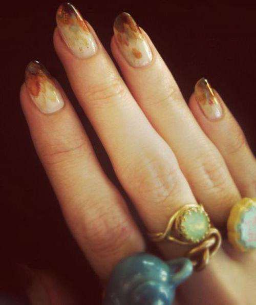 рисунки на ногти осенний дизайн