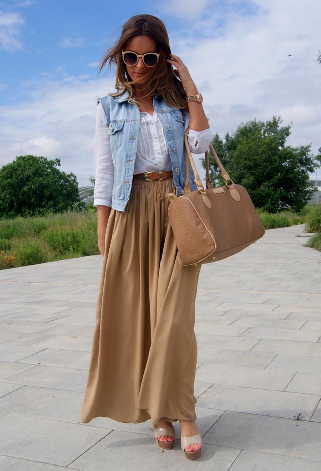 сочетание длинной юбки с джинсовым верхом