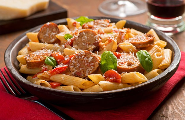 pasta with sausages in a slow cooker