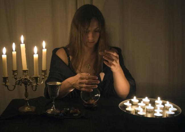 Как стать ведьмой в домашних условиях? Как стать ведьмой в реальной жизни?