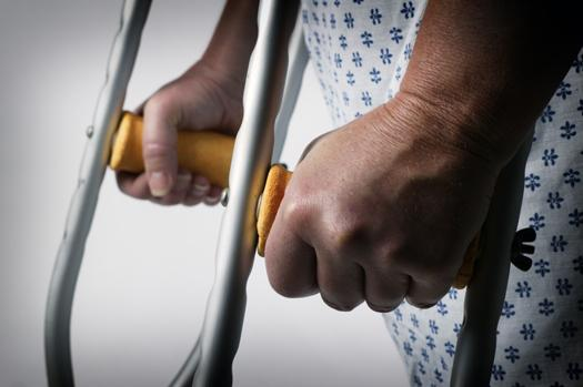 Страховая выплата при потере пальца руки на производстве человек над