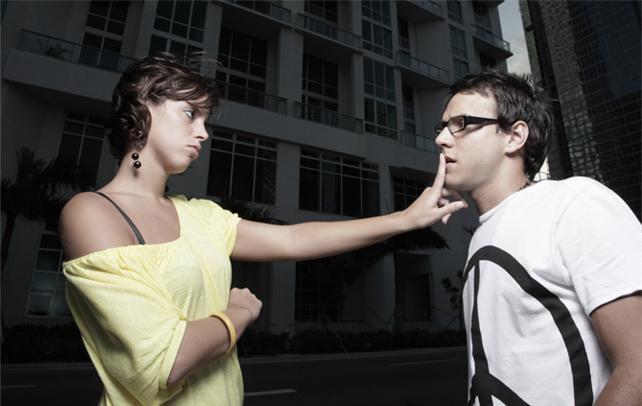 Как понять что девушка все еще любит если вы расстались