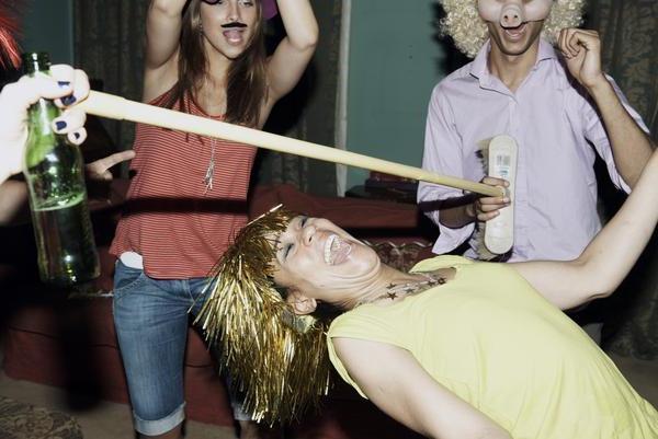 Конкурсы взрослых в пьяной компании