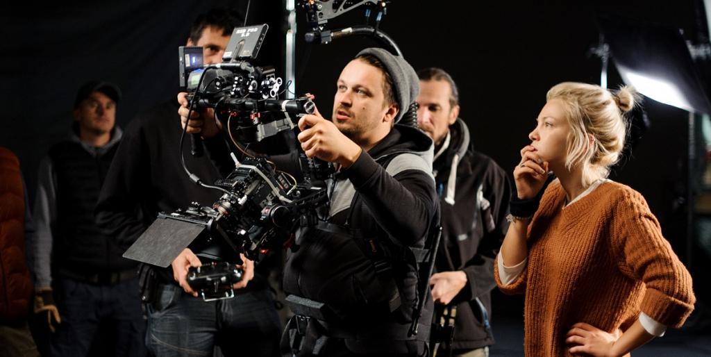 Клипмейкер – это режиссер видеоклипов. Как стать клипмейкером