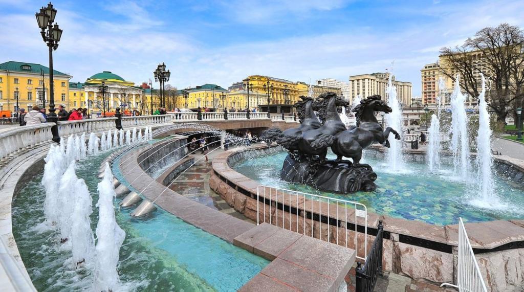 Поющие фонтаны в Москве: посвящение красоте