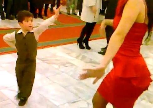 Как танцевать лезгинку девушке
