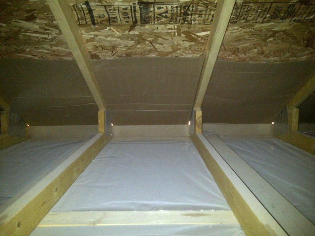 Barriera e avullit të tavanit