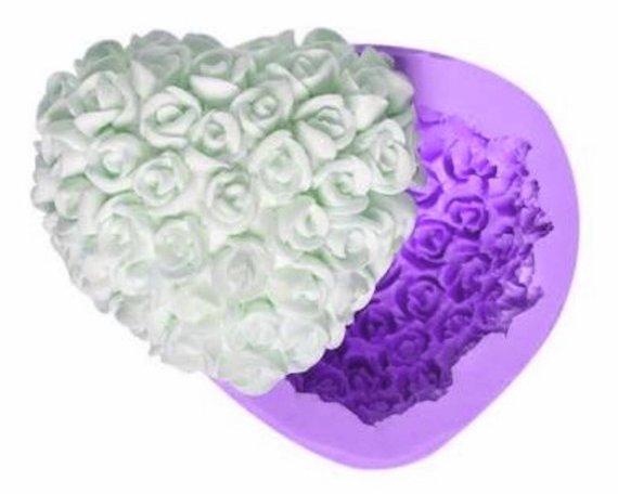 Цветок из гипса: необходимые материалы, описание работы, фото