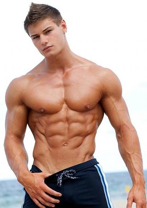 можно видеть картинка мускулистый парень любите плотно поесть
