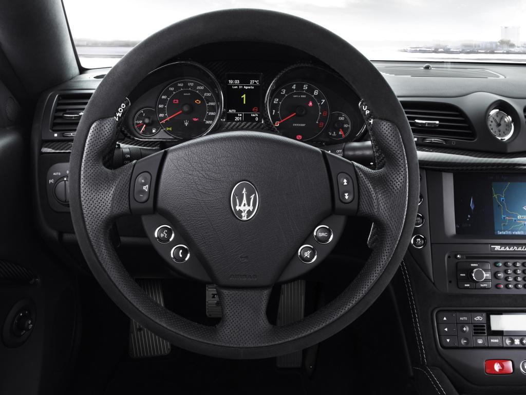 Руль Maserati
